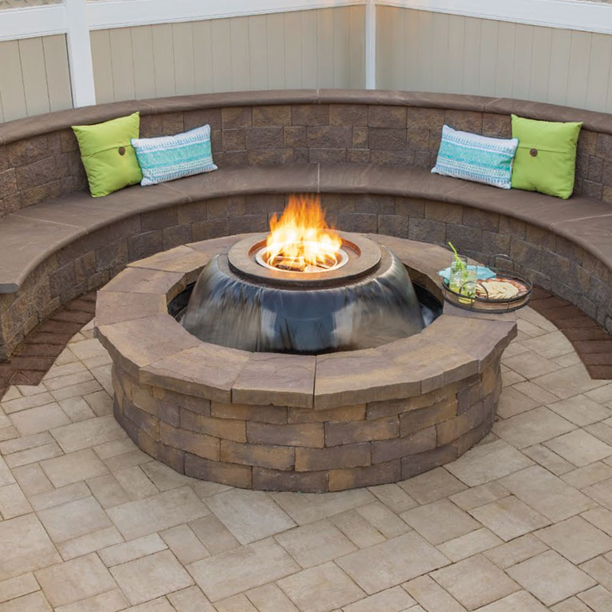 Cambridge Pavers Seating Walls & Benches